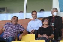 Fotbalisté Zlína (žluté dresy) v 5. kole FORTUNA:LIGY prohráli doma s Olomoucí 1:4.