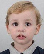Policie pátrá po čtyřletém pohřešovaném Tomáši Figurovi  z Kroměříže. Hledá jej i Interpol.
