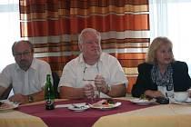 Tisková konference Nestraníků pro otevřený a prosperující Zlín