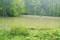 PODPOŘÍ TURISMUS. Retenční nádrže by měly být schopné zadržet vodu, a zabránit tak záplavám. Navíc zkrášlují krajinu.