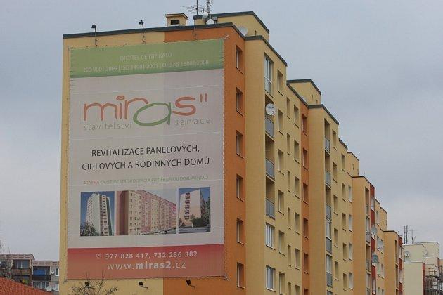 Reklama na domě. Ilustrační foto