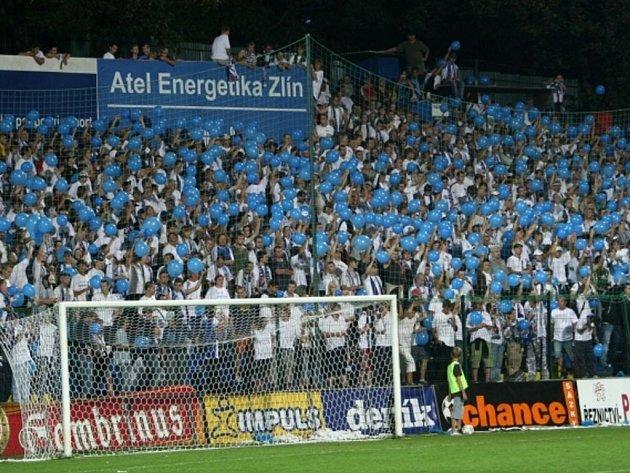 Fanoušci Baníku v průběhu zápasu.