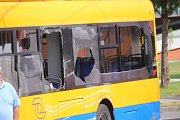 V centru Zlína se srazil trolejbus s cestujícími a nákladní vozidlo.