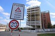 Rekonstrukce obchodního domu PRIOR ve Zlíně. Srpen 2017
