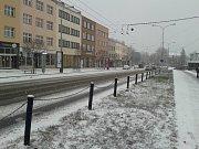 Takto vypadaly silnice v centru Zlína 1. ledna krátce po 15. hodině.