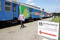 55. mezinárodní festival filmů pro děti a mládež.  Kinematovlak na nádraží ve Zlíně.