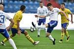 Utkání 12. kola první fotbalové ligy: Baník Ostrava - Fastav Zlín, 5. října 2019 v Ostravě. Na snímku (zleva) Petr Buchta a Robert Hrubý.