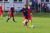 Fotbalisté Štípy (tmavé dresy) si v okresním přeboru Zlínska připsali  další vítězství, když na hřišti Návojné zvítězili 6:4.