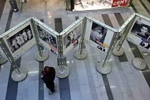 Výstava fotografií Jindřicha Štreita v obchodním centru Zlaté jablko