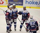 Extraligoví hokejisté Zlína (vš žlutém) v nedělním 26. kole doma hostili mistrovskou Kometu Brno.