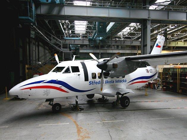 Dopravní letadlo L 410 určené pro praktický výcvik studentů.