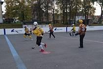 Malenovická hokejbalová liga, zápas Tigers Malenovice - Boston Zlín.