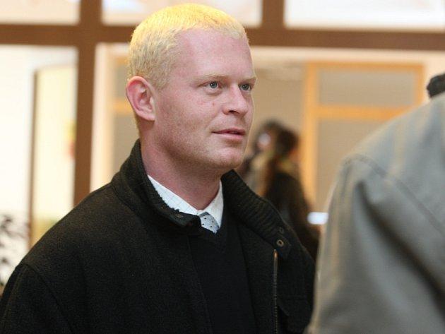 Bývalý strážník Roman Šiška u soudu 8. ledna 2009.