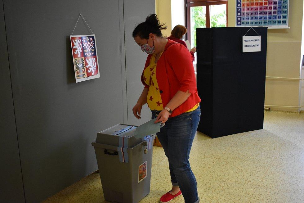 Volby do Senátu za obvod Zlín - 78 a do krajského zastupitelstva ve Fryštáku na Zlínsku.