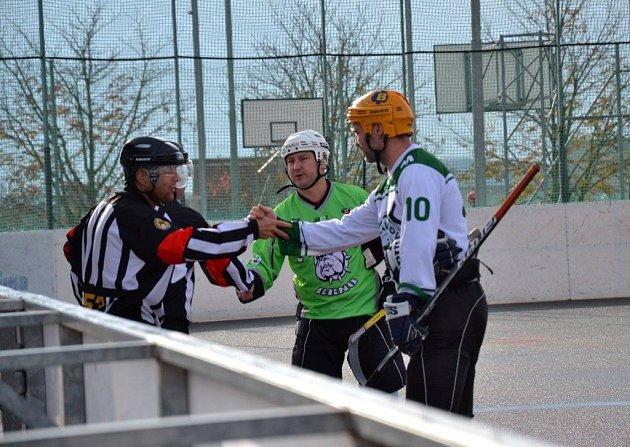 Moravská hokejbalová liga Bulldogs Brno B  -Malenovice