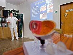 Krajská nemocnice Tomáše Bati ve Zlíně otevřela ve čtvrtek 6. října brány svého očního oddělení veřejnosti.