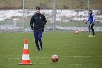 Záložník Dominik Janošek už v sobotu trénoval ve Zlíně.