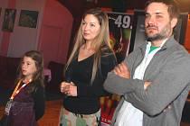 Kdopak by se vlka bál. Režisérka Maria Procházková (uprostřed) s Dorotkou Dědkovou (vlevo).