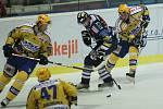 Hokej Zlín (ve žlutém) - Liberec