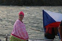 Jednačtyřicetiletá plavkyně Abhejali Bernardová ze Zlína se stala prvním Čechem a teprve desátým člověkem na světě, kterému se povedlo dokončit sérii Oceans Seven.