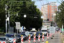 Oprava silnice v ulici Osvoboditelů ve Zlíně. Ilustrační foto
