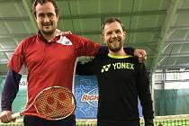 TRENÉŘI Czech Tennis School Robert Rýpal (vlevo) a Jiří Mana.