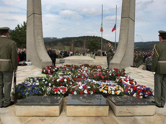 Pětašedesáté výročí vypálení obce Ploština za druhé světové války