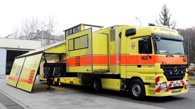 Podobný kamion získají i záchranáři ve Zlínském kraji. Oproti tomu pražskému (na snímku), bude ten zlínský ale primárně sloužit jako mobilní dispečink.