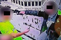 Muž ve Zlíně mířil pistolí ostraze do obličeje