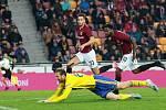 Fotbalisté Zlína (žluté dresy) se ve 23. kole FORTUNA:LIGY utkali proti Spartě Praha. Na snímku Tomáš Poznar. Foto: pro Deník/Jan Zahnaš