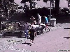 Záchrana popálené ženy v centru Zlína.