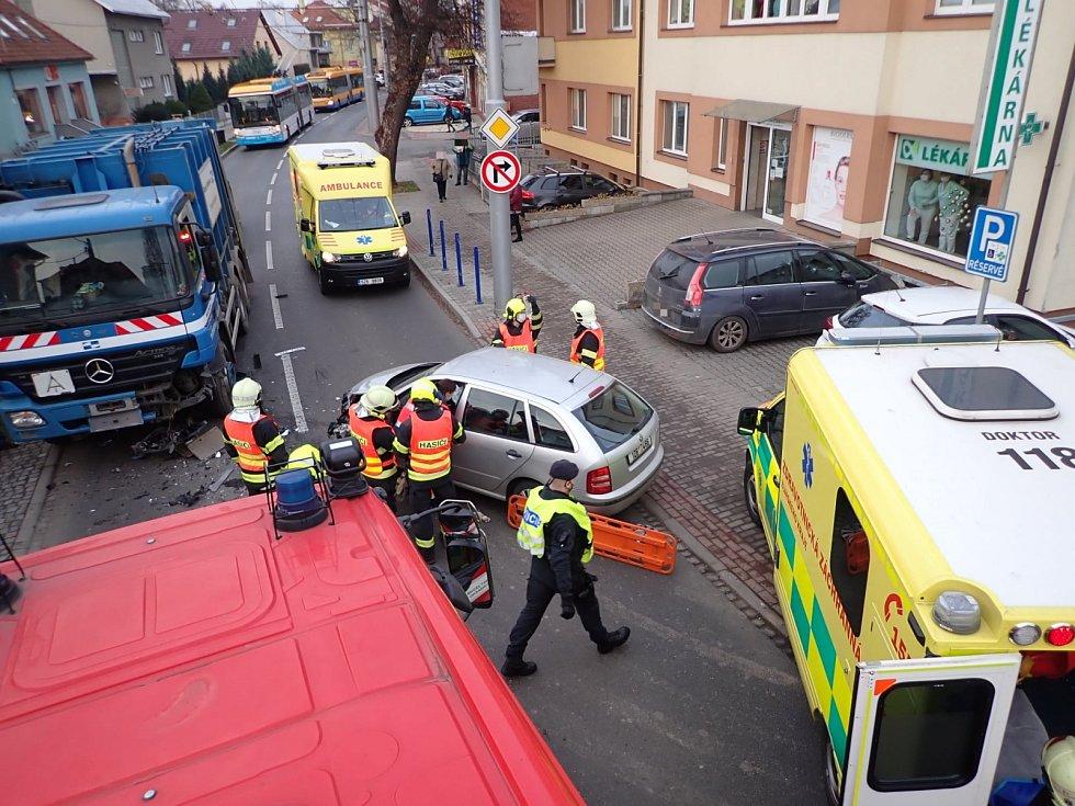 Nehoda ve Zlíně blokovala provoz