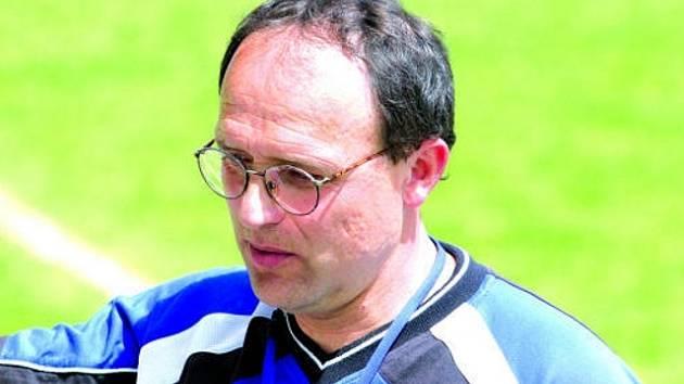 Trenér Mikulička