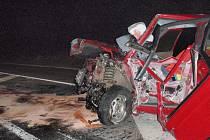 U Zádveřic došlo k tragické dopravní nehodě mezi osobním autem zn. Š Felicia a nákladní soupravou s tahačem zn. Scania.