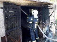Požár garáže v Přílukách