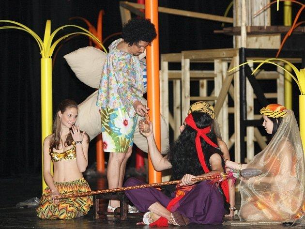 Z divadelní hry Sandokan