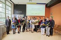 Ocenění vedoucí jednotlivých knihoven obcí Zlínského kraje, spolu se starostmi a radními Zlínského kraje.