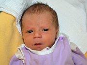 Karolína Pěluchová z Kroměříže se narodila 30.01.2012 s váhou  2530g, velká 44 cm