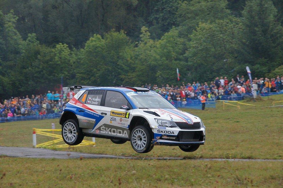 Barum Rally 2018 - sobota RZ2 Březová, 5 Kudlovice  a 8 RajnochoviceBarum Rally 2018 - fotogalerie sobota RZ 2 Březová, RZ5 Kudlovice a RZ8 Rajnochovice