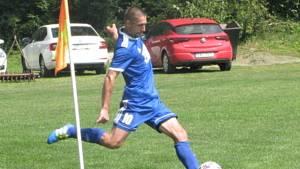 Fotbalista Slavičína Ondřej Školník vstřelil o víkendu v úvodním zápase Divize E Valašskému Meziříčí tři branky za dvacet minut.