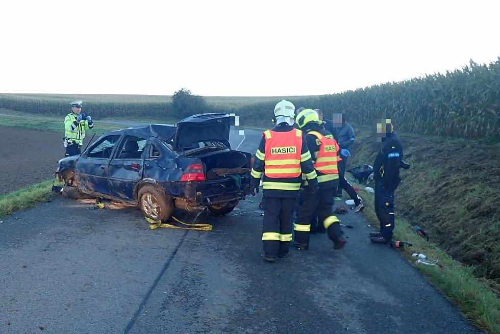 Smrtelná nehoda mezi obcemi Prusinovice a Dřevohostice.