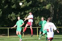 Fotbal - Mladcová B (bílí) – Racková B
