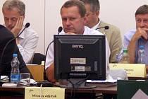 Jednání zastupitelstva, Miroslav Adámek
