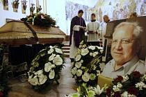 Smuteční rozloučení s Petrem Hlaváčkem v kostele ve Zlíně.