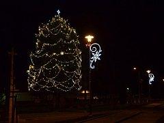 Vítězný vánoční strom roku 2016 byl ten ve Spytihněvi.
