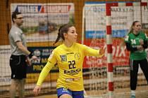 Interligové házenkářky Zlína (ve žlutém) v nedělním 12. kole MOL ligy podlehly Šalě 24:34.