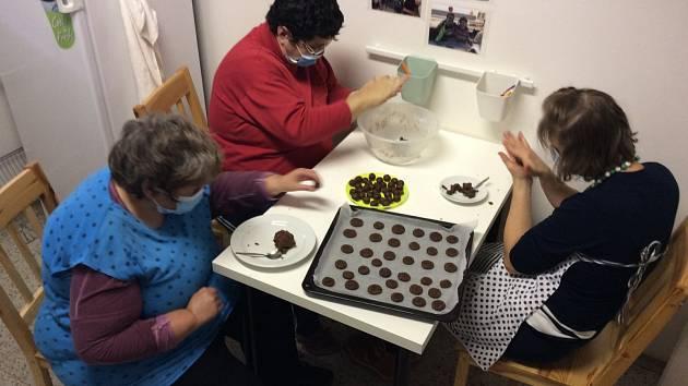 S klienty jsme upekli vynikající sušenky.