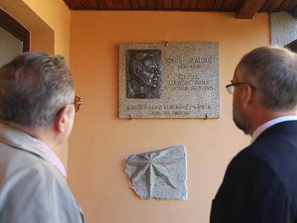 Uznání v podobě pamětní desky se v Lukově na Zlínsku 13. září 2008 dočkal bývalý ředitel tamní základní školy a kulturní nadšenec Rudolf Matouš.