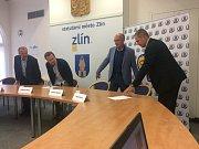Tisková konference, kde byl Martin Hosták potvrzen ve funkci generálního manažera zlínského hokeje.