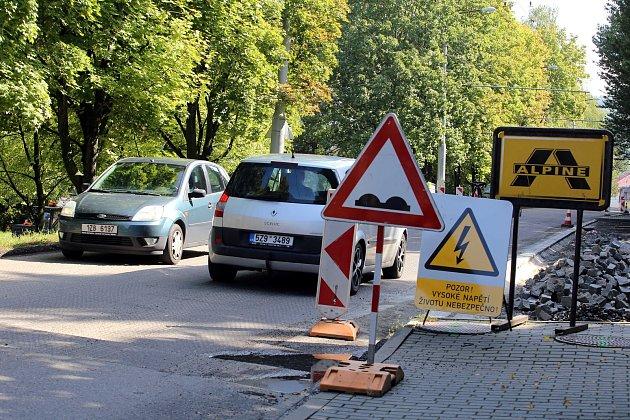 Oprava silnice na ulici Přílucká ve Zlíně.